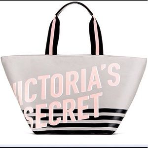 VS Limited edition weekender tote